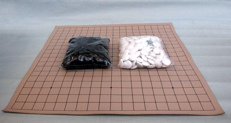 Go Set Beginner 2 (board 19x19, 180+180 stones)