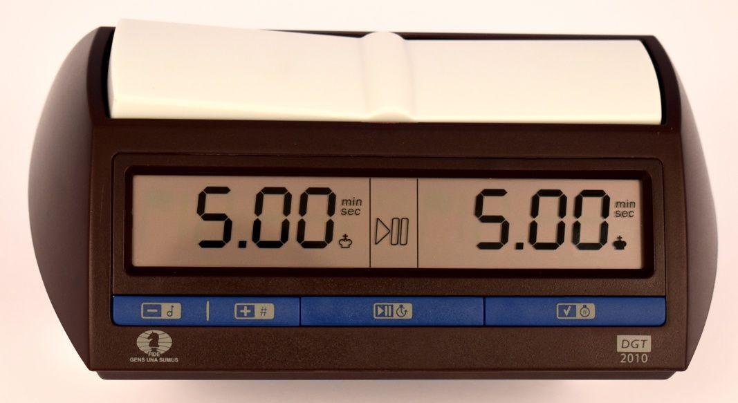 DGT 2010 Chess clock