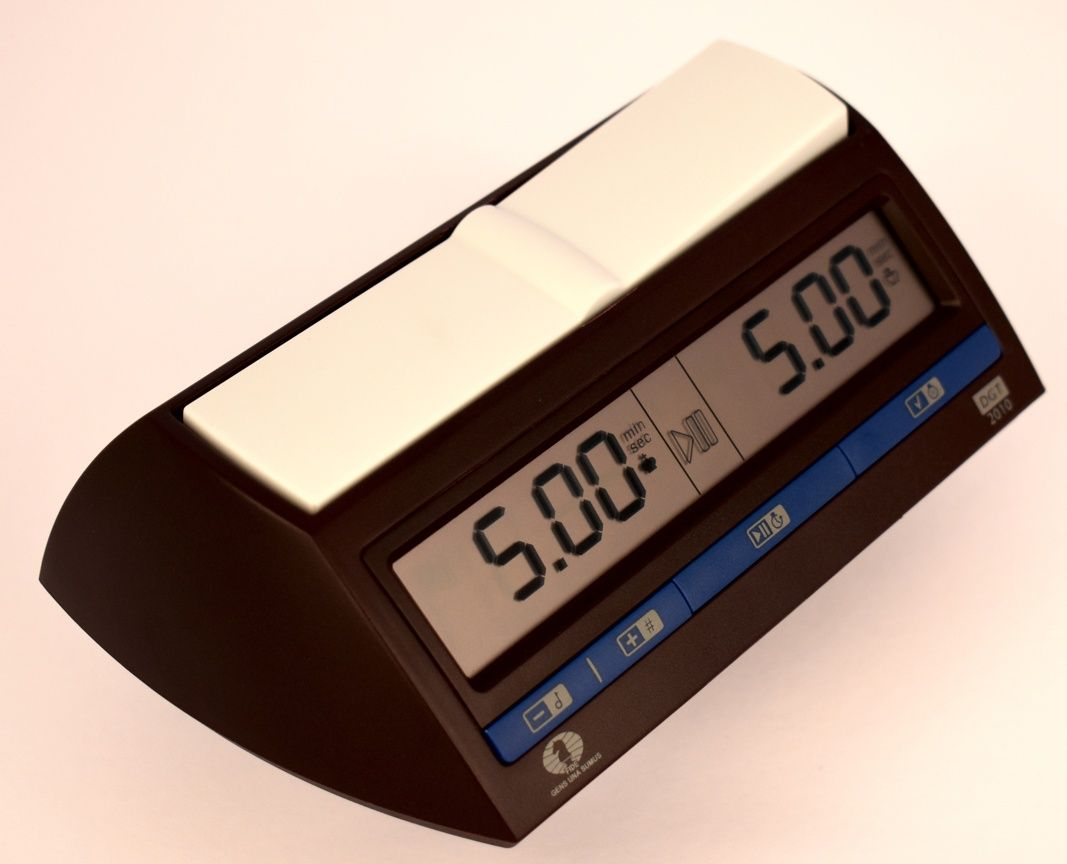 DGT 2010 Chess clock